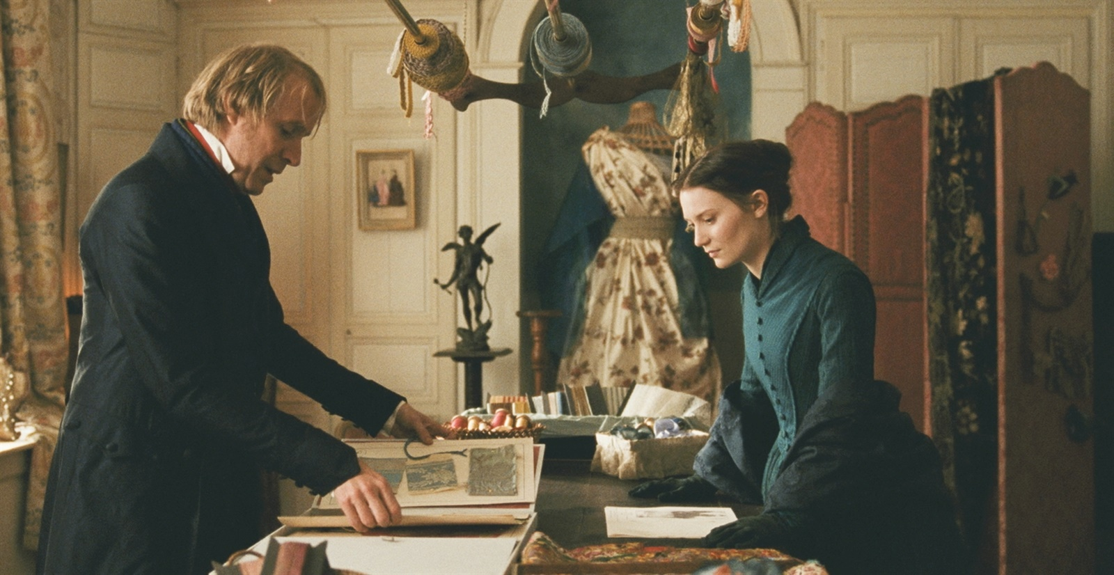 the role of homais in madame bovary View and download madame bovary essays examples also discover topics, titles, outlines, thesis statements, and conclusions for your madame bovary essay.