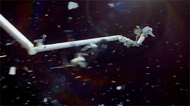 Gravity - featurette: Experience The Third Dimension