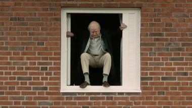 De 100-jarige man die uit het raam klom en verdween - trailer