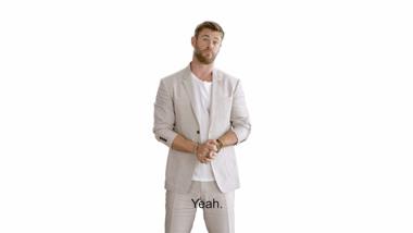 Thor: Ragnarok - IMAX greeting Chris Hemsworth