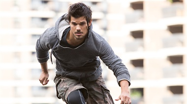 Tracers - trailer