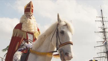 De Club van Sinterklaas & Geblaf op de Pakjesboot - trailer