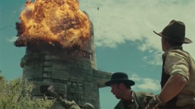 Cowboys & Aliens - clip: Attack At Monolith