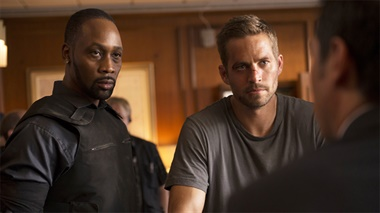 Brick Mansions - trailer