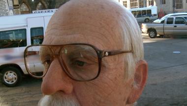 Jackass Presents: Bad Grandpa - trailer red band