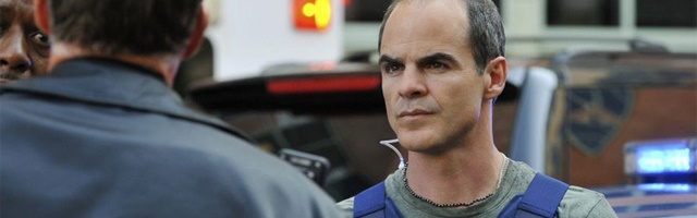 Background Michael Kelly