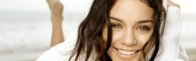 Background Vanessa Hudgens